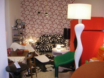 Se traspasa tienda de muebles vintage traspaso de for Muebles y decoracion madrid